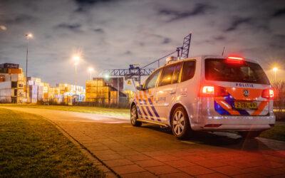 Politie zoekt naar verdachten op haventerrein